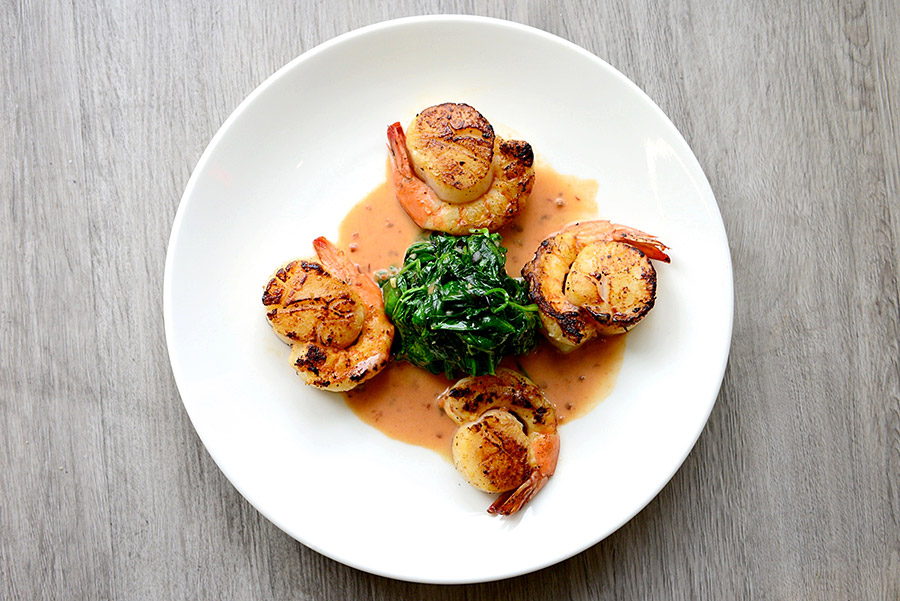 Scallops-wrapped-in-Shrimp-01,-Dragana-Harris